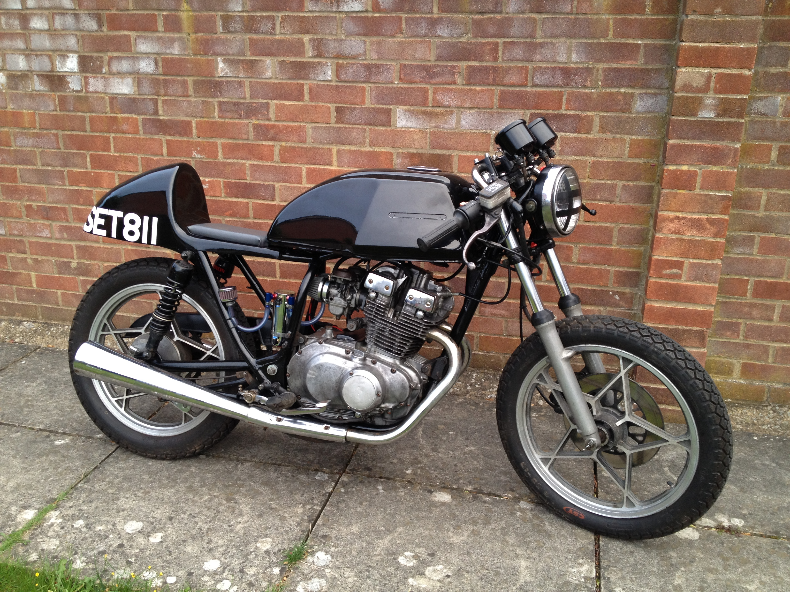 Bringing the Dream of a Budget-Built Cafe Racer to Fruition