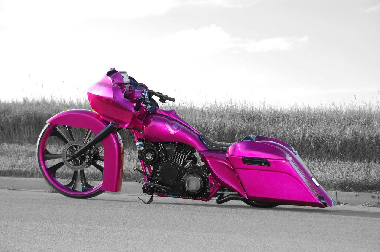 Custom Bagger – Motorcycle Eye Candy of the Week