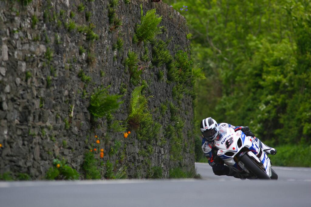 Isle of Man TT – Motorcycle Eye Candy of the Week